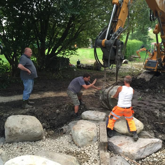 Renovierung Ilmquelle Tandern – Platzierung der Steine