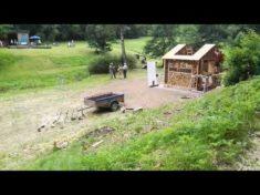 Zeitraffervideo zum Bau des XXL Insektenhotel im Spessart